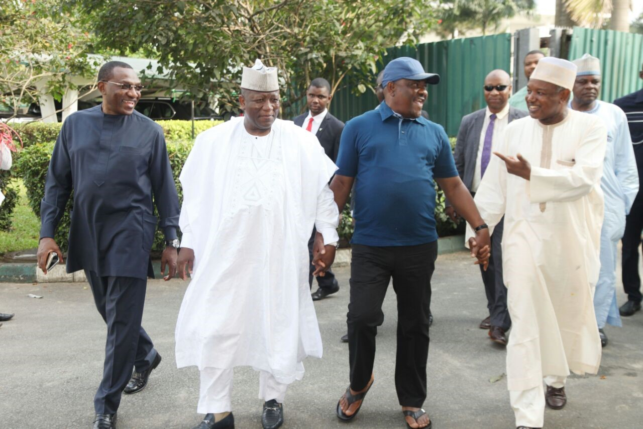 Governors in crucial meeting over minimum wage, NASS invasion, election timetable