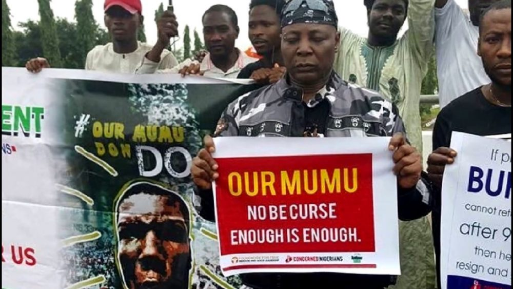 Charlie Boy, Anti-Buhari Protesters Violently Attacked In Abuja Market