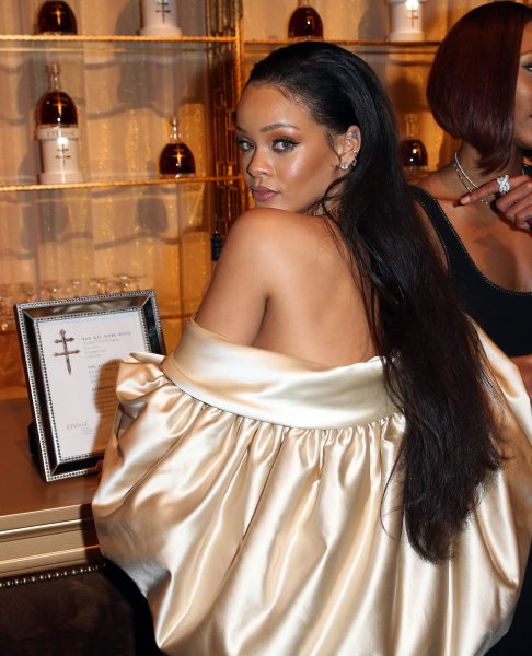 Man Charged With Stalking, Breaking Into Rihanna's Home