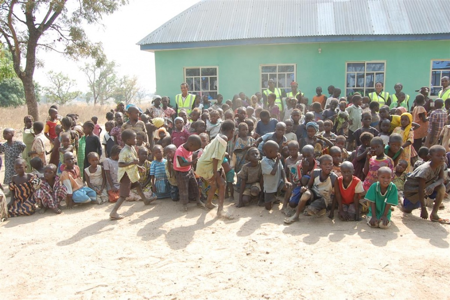 UK-based Nigerian charity donates relief materials for IDPs in Northeast
