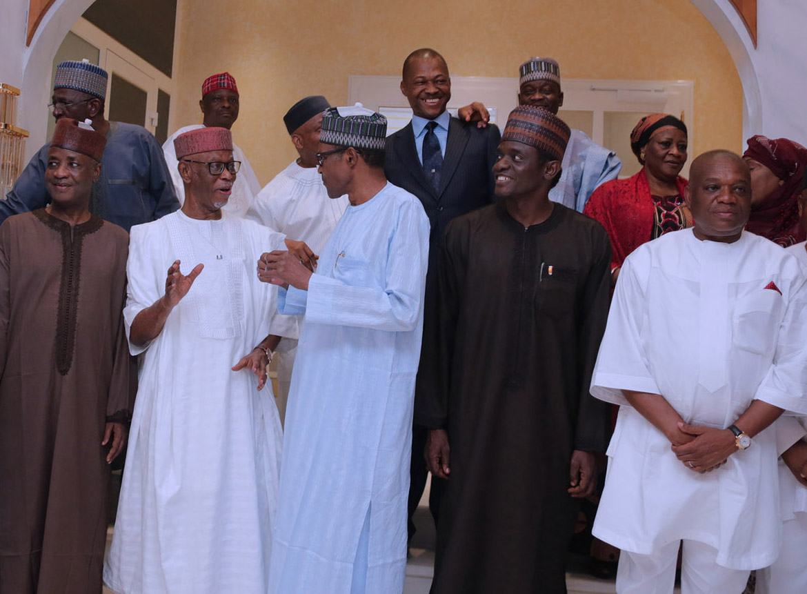 PRESIDENT BUHARI DINNER WITH APC CHIEFTAINS 0A&B. President Muhammadu Buhari in a Chat with APC National Chairman, Chief John Odigie Oyegun, Others are Former Governor, Wamako, APC National Secretary, Mai Mala Buni, Former Abia State Governor Chief Orji Uzor Kalu, SGF Mr Boss Mustapha and others after a dinner with APC Chieftains at his residence Presidential Villa Thursday night in Abuja. PHOTO; SUNDAY AGHAEZE JAN 18 2018