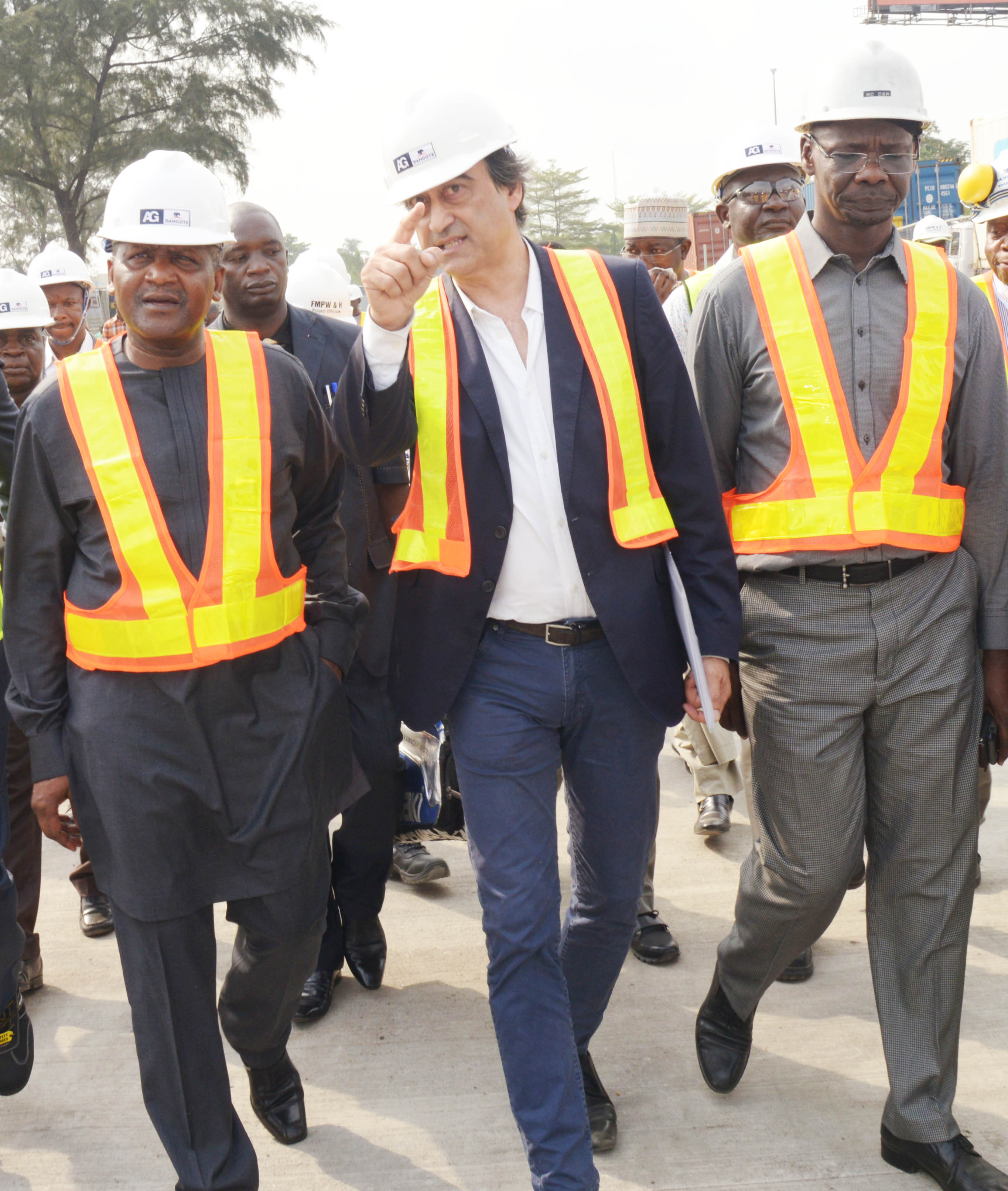 Dangote assures timely completion of Apapa road