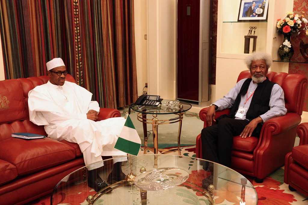 Buhari is under a trance, says Soyinka