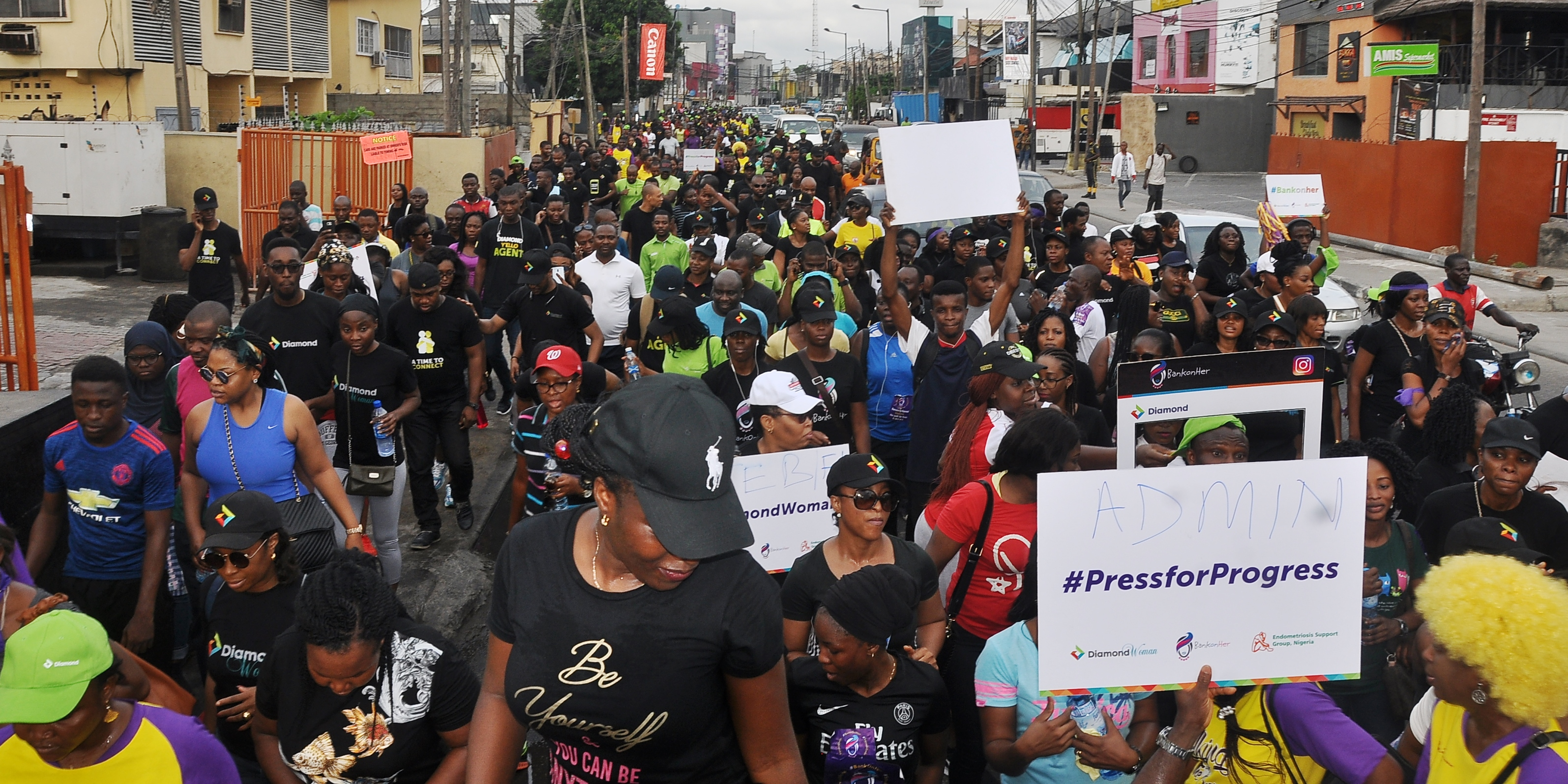 Diamond bank marches to end endometriosis