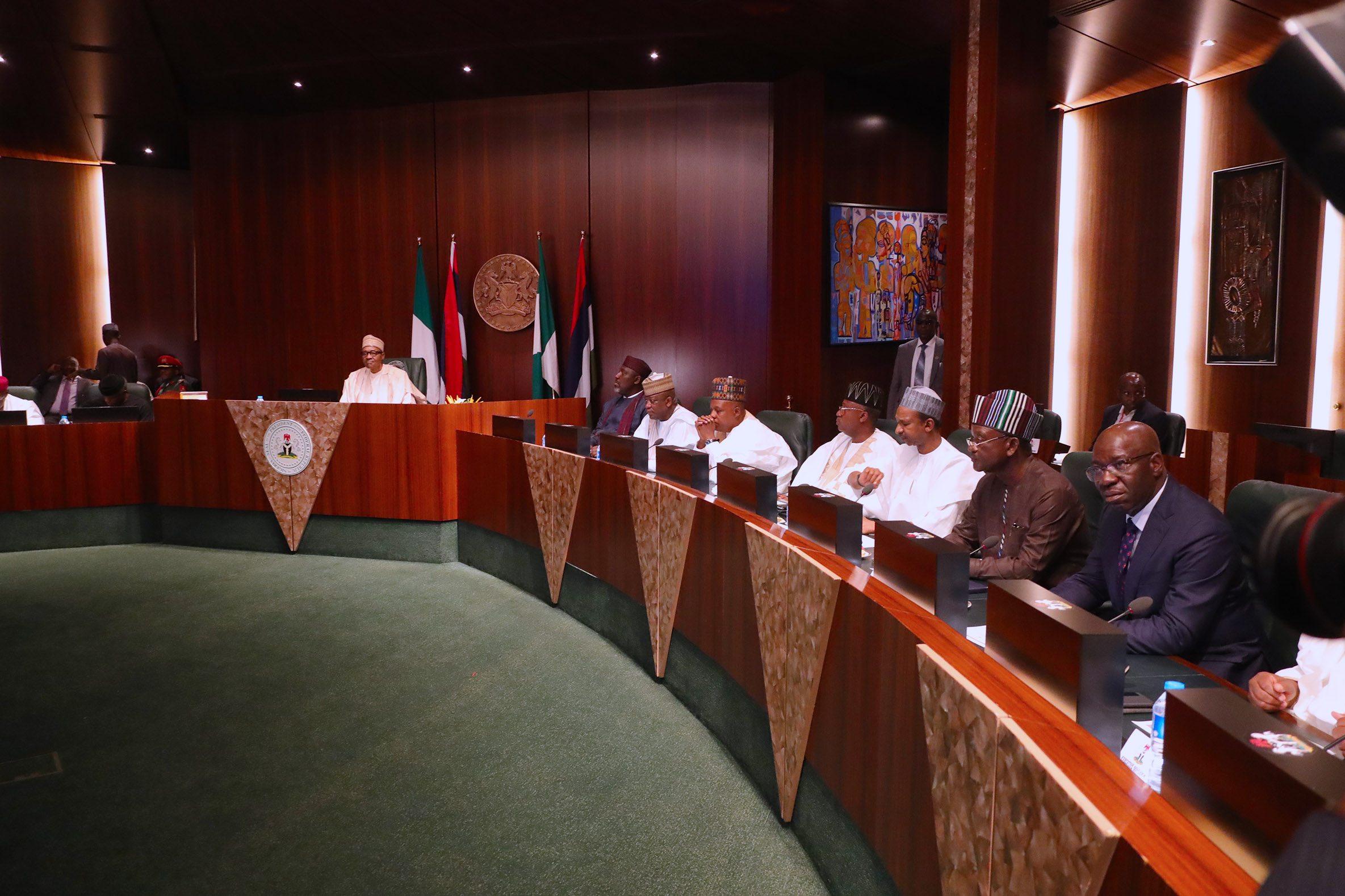 Tenure elongation: Buhari's meeting with APC governors ends in a deadlock