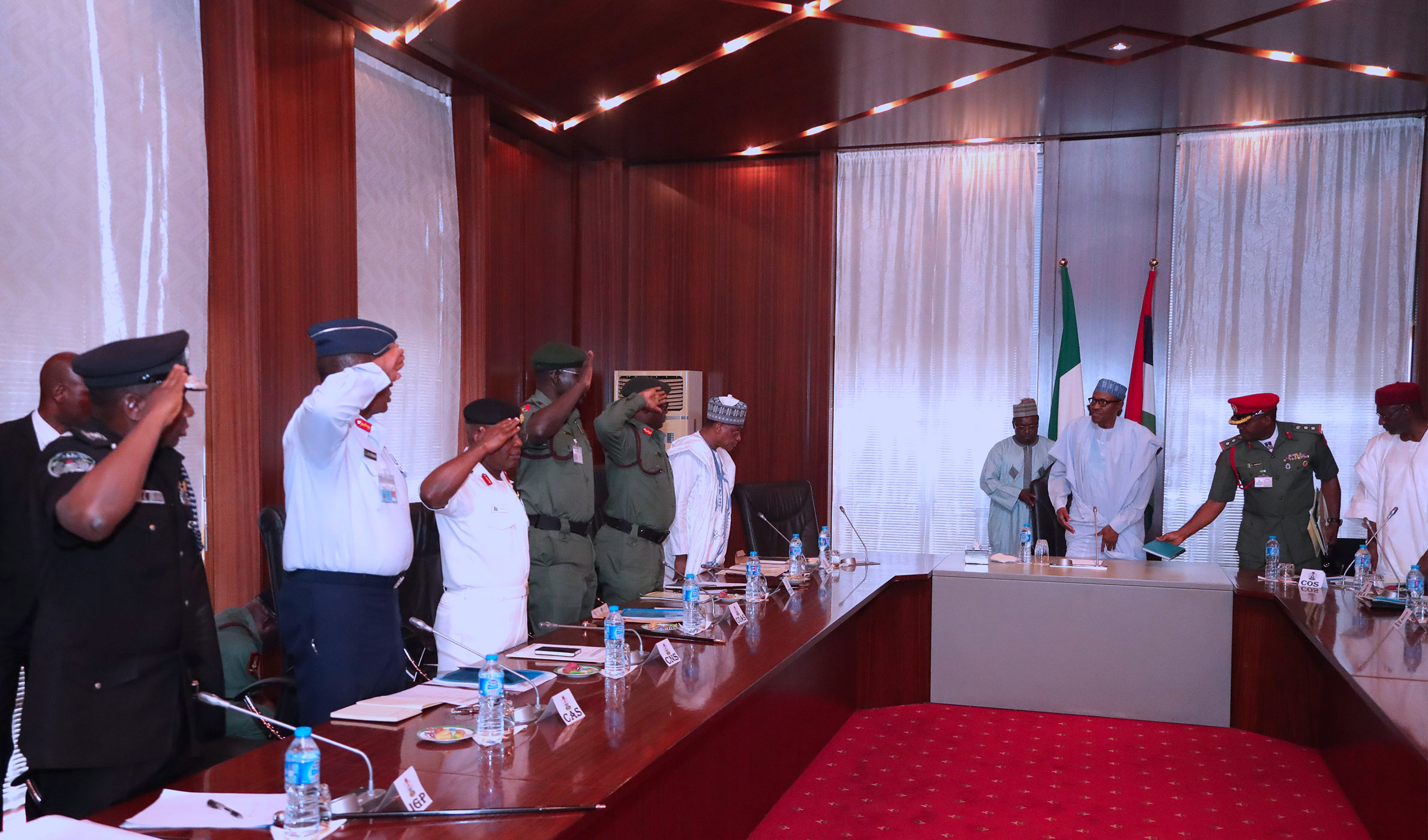 PRESIDENT BUHARI MEETS WITH SERVICE CHIEFS 1. R-L; President Muhammadu Buhari in a meeting with Service Chiefs; Minister of Defence, Brig Gen Mansur Dan Ali, Chief of Defence Staff General Abayomi Olonosakin, Minister of Army, Lt General T.Y Buratai and Chief of Naval Staff, Vice Admiral Ibok-Ete Ekwe Ibas during the Security meeting at the State House Abuja. PHOTO; SUNDAY AGHAEZE. APRIL 4 2018.