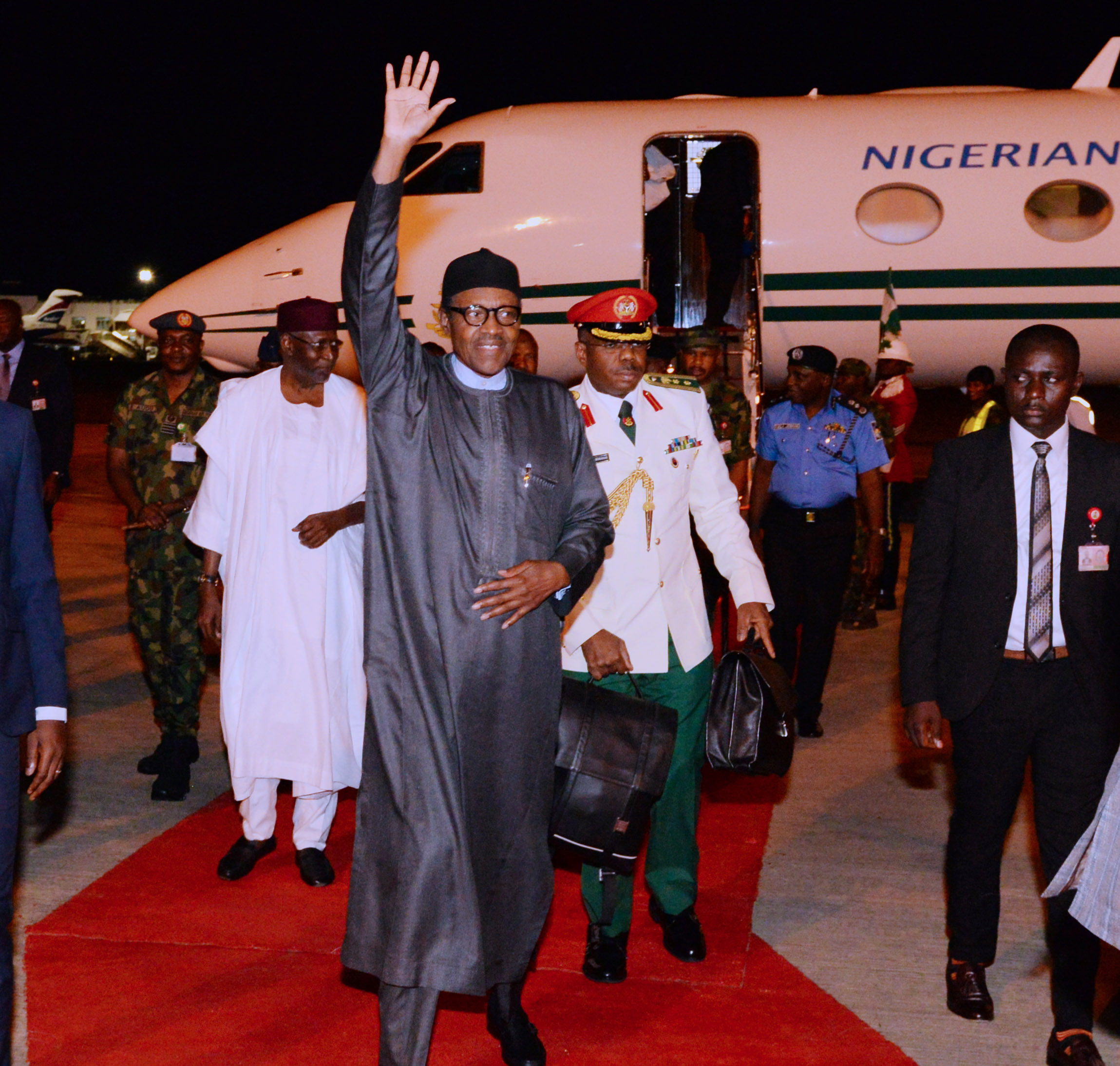 PRESIDENT BUHARI RETURNS 5A&B. President Muhammadu Buhari returns to Abuja after a successful outing with the President of the United State Donald Trump in Wahington DC. PHOTO; SUNDAY AGHAEZE. MAY 2018