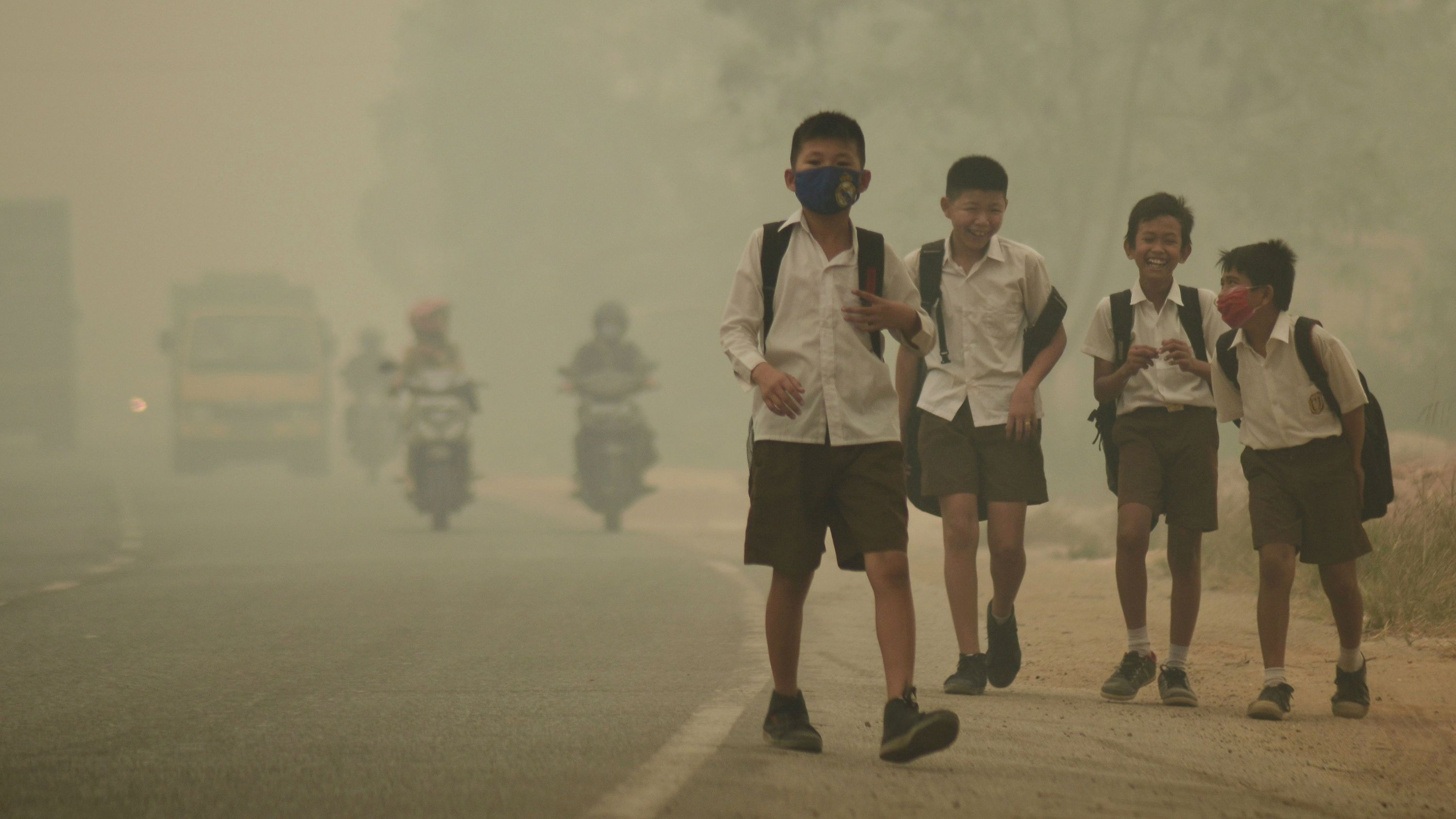 WHO: 9 out of 10 people breathe toxic air worldwide