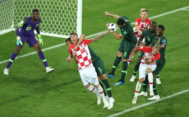 Croatia beat lackluster Nigeria 2-0 in world cup opener