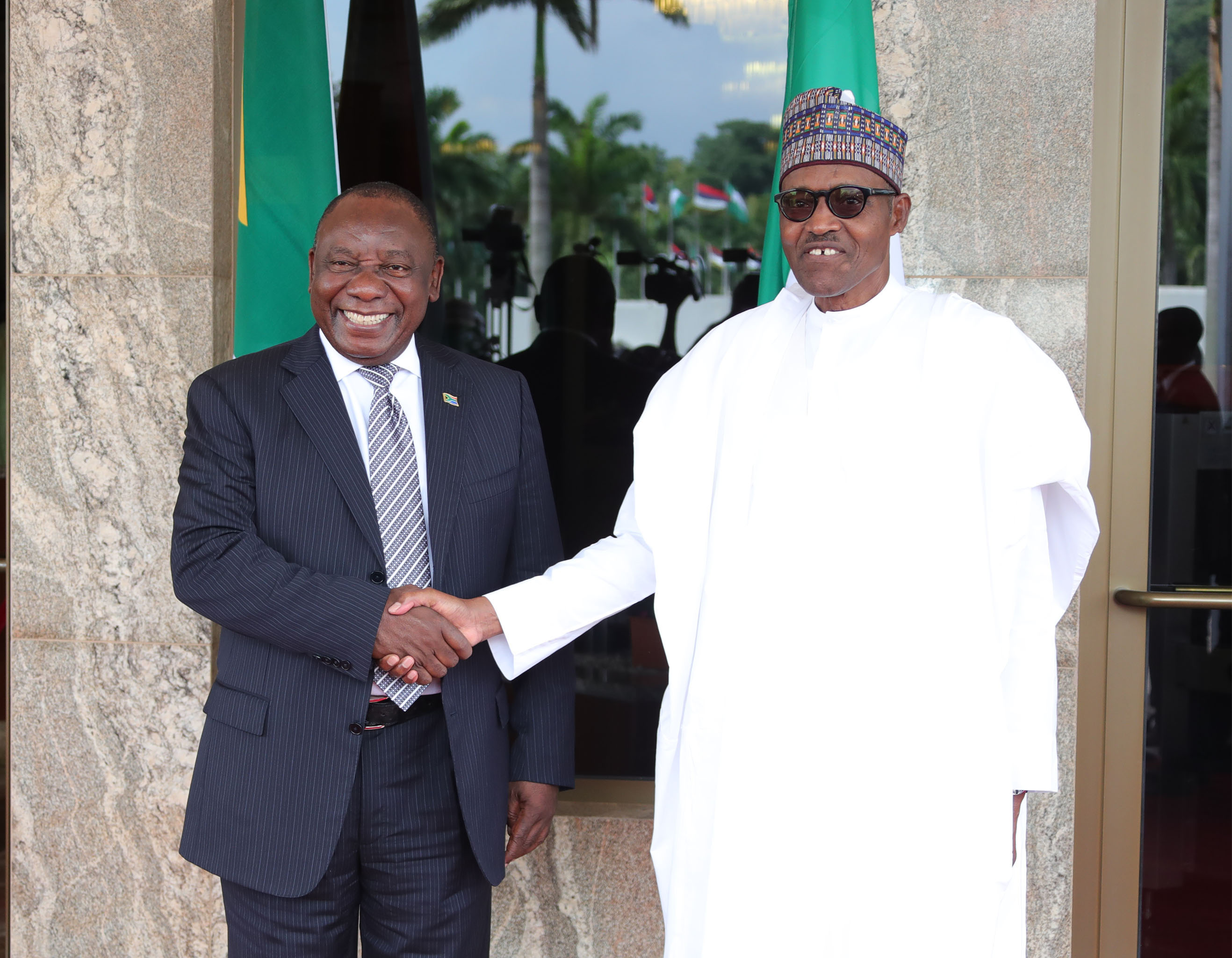 The Day in Pictures: Buhari, Ramaphosa at the Villa