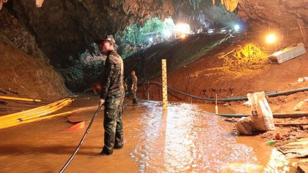4 boys rescued from Thailand cave as divers work to retrieve others