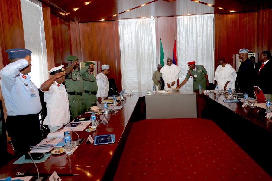 PRESIDENT BUHARI IN SECURITY MEETING WITH SERVICE CHIEFS 2. President Muhammadu Buhari with Security Chiefs during a security meeting at the State House, Abuja PHOTO; SUNDAY AGHAEZE. AUG 20 2018