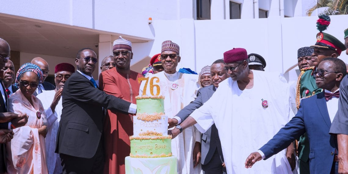 PRESIDENT BUHARI @ 76 PIX 6. President Muhammadu Buhari flanked Ministers among who are Minister of Defence, Brig general Mansur Dan Ali, Minister of Health, Prof Isaac Adewole, Minister of Agriculture and Rural Development Chief Audu Ogbeh, NSA Maj General Babagana Monguno and others during a parade to mark the President Birthday at the State House in Abuja. PHOTO; SUNDAY AGHAEZE. DEC 17 2018
