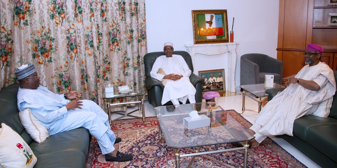 PRESIDENT BUHARI RECEIVES SENATE PRESIDENT AND SPEAKER 3A&B.; President Muhammadu Buhari (M) receives President of the Senate, Distinguish Senator Ahmed Lawan, Speaker Rt Hon Femi Gbajabiamila at the Residence, Presidential Villa Sunday Night in Abuja. PHOTO; SUNDAY AGHAEZE. COT 6 2019