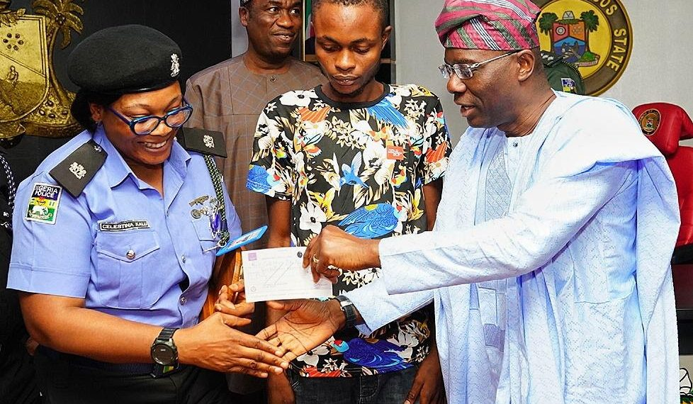 Sanwo-Olu Honours Police Officer Who Used Personal Resources To Save Robbery Victim